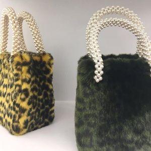 LAST CHANCE! Shrimps Green Leopard Una Bag